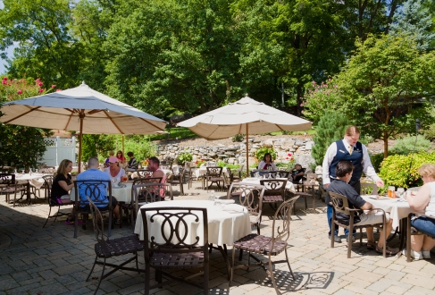 ST-Outdoor dining at Bavarian Inn